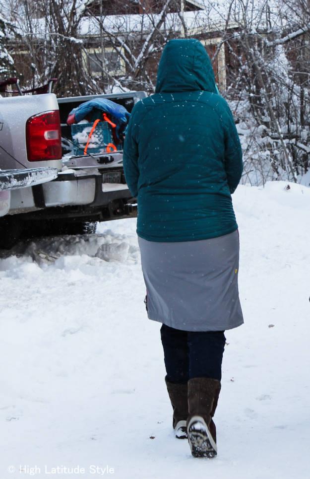 Woman in #Alaska #streetstyle at the Iditarod