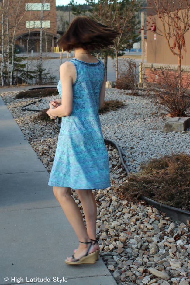 #fashionover50 HSN review mature woman in Sigrid Olsen shift dress