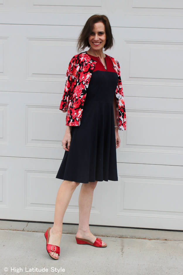 mature style woman looking cool in the orthopedics trend