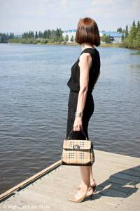 #fashionover50 Alasna woman in work outfit with lace skirt, silk shirt, slingbacks and top handle bag