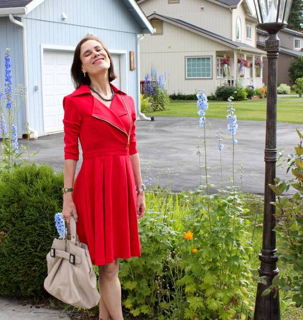 #fashionover40 #fashionover50 Ageless Style Series: How to wear knits; example cotton jersey tailored dress with delicate print @ High Latitude Style @ http://www.highlatitudestyle.com