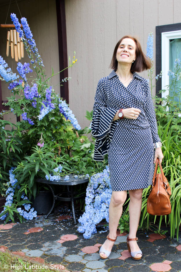 midlife style blogger in posh jersey wrap dress with delicate print