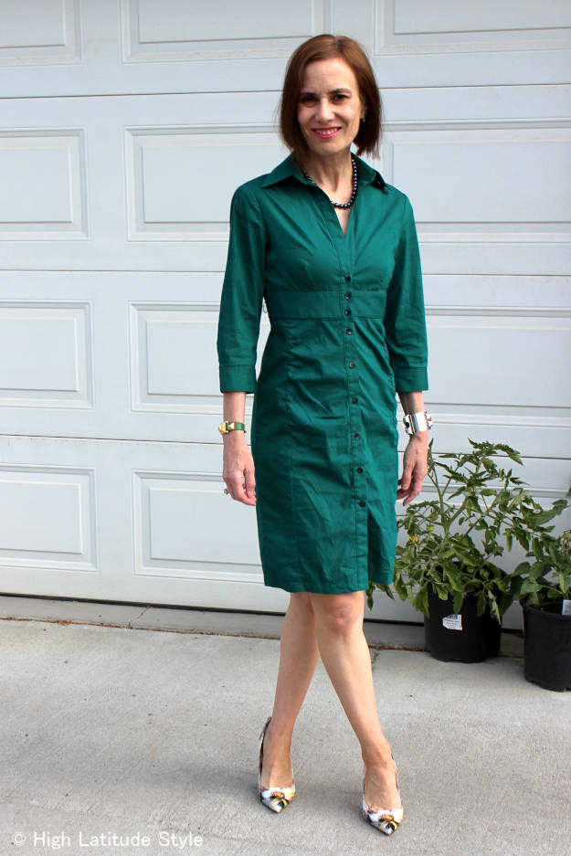 style blogger Nicole in teal summer shirt dress for work with floral pumps