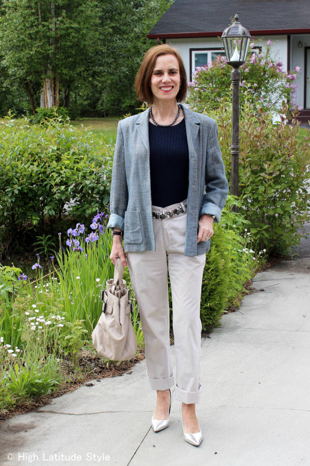 #fashionover40 #fashionover50 business casual outfit with chinos and blazer without clutch