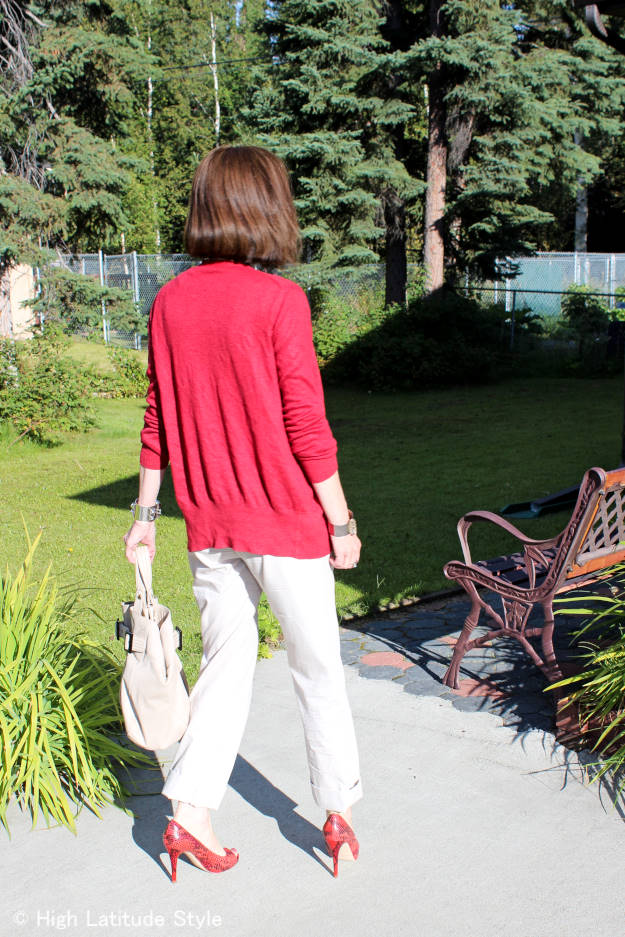 fall style OOTD with chinos, cardigan heels and tote (back view)