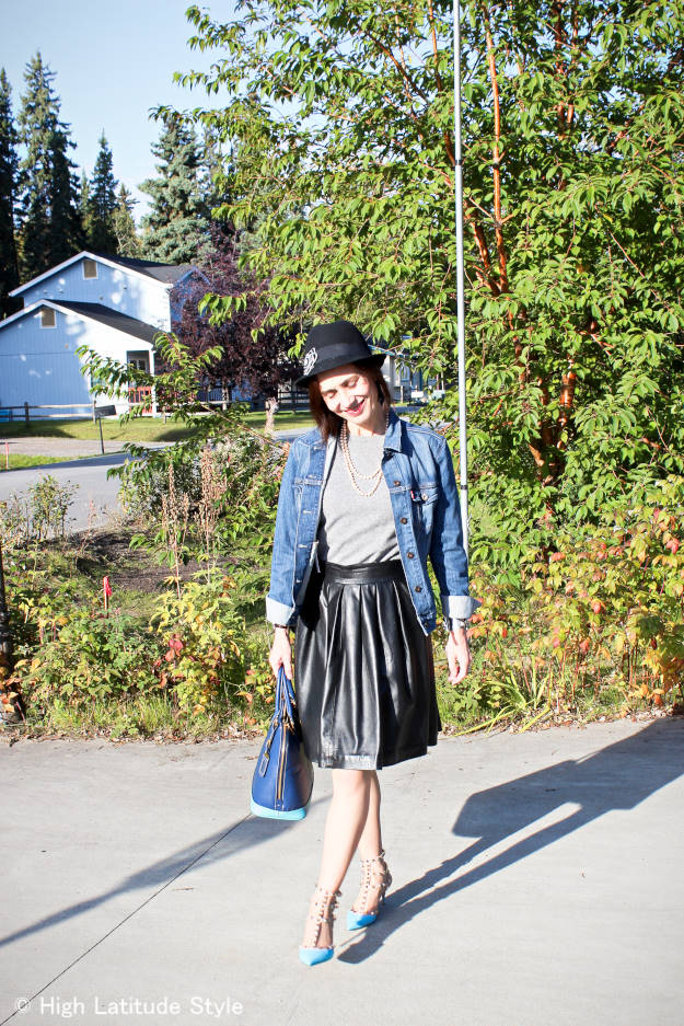posh outfit in Fairbanks street style
