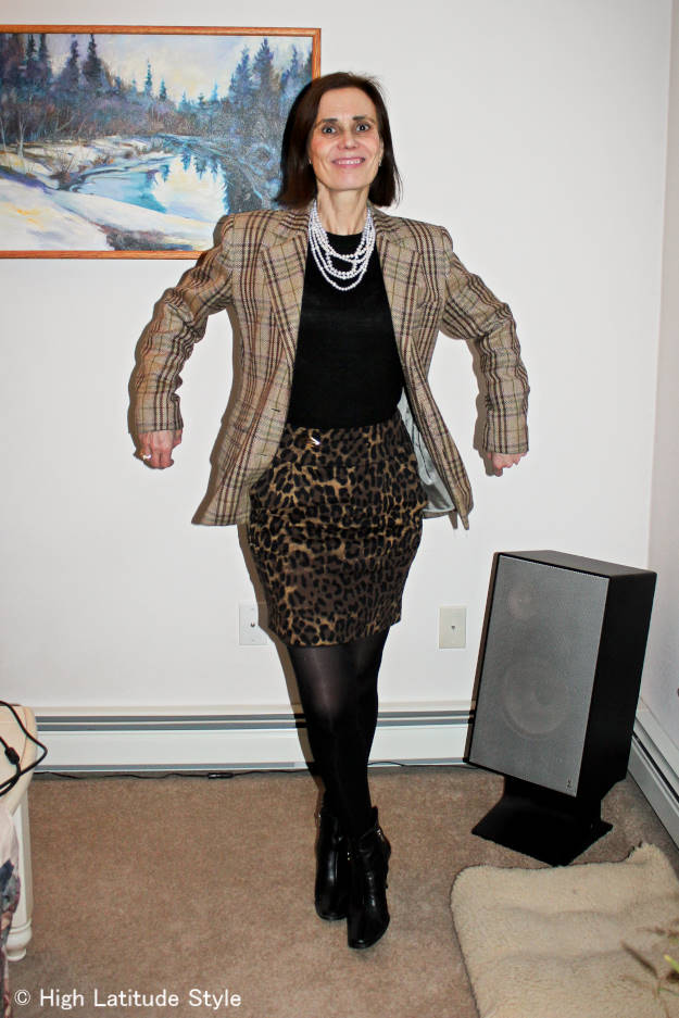 #fashionover40 #fashionover50 mature woman in a work outfit with leopard print skirt and plaid blazer