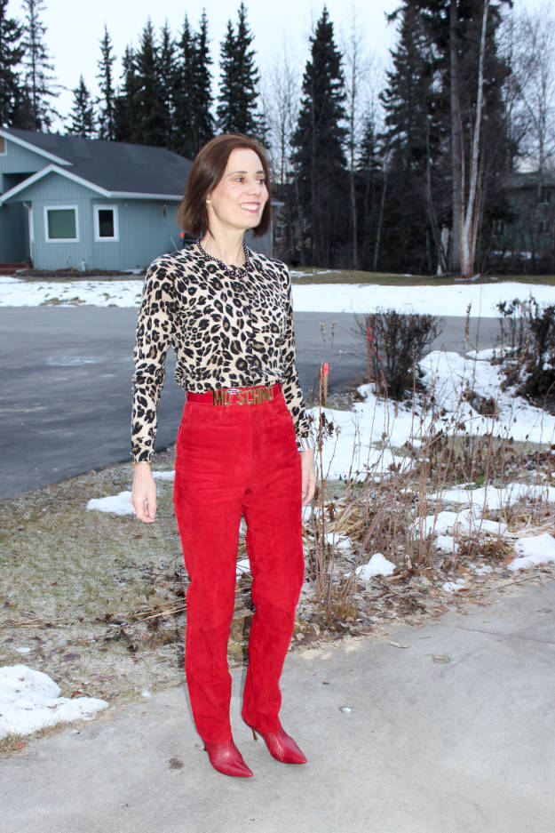 #fashionover40 #fashionover50 Thanksgiving outfit with red pants and leopard print top