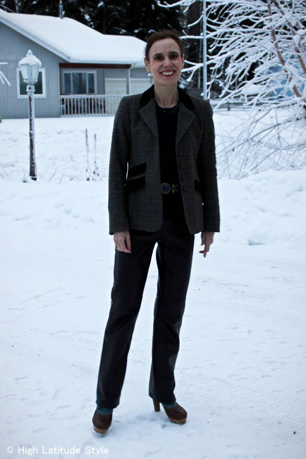 #fashionover40 Alaskan woman in winter casual work outfit