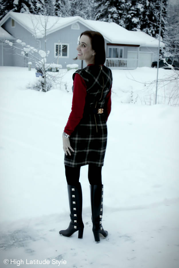 #maturefashion Searching a house in Alaska