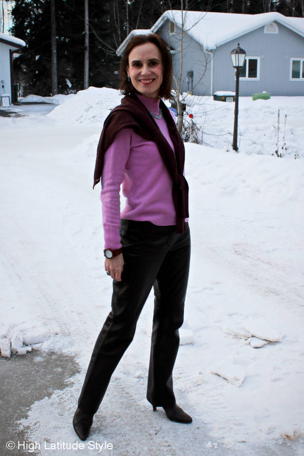 mature outfit in spring colors