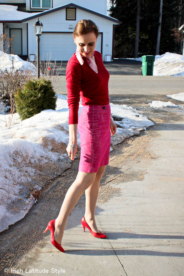 red and pink spring outfit