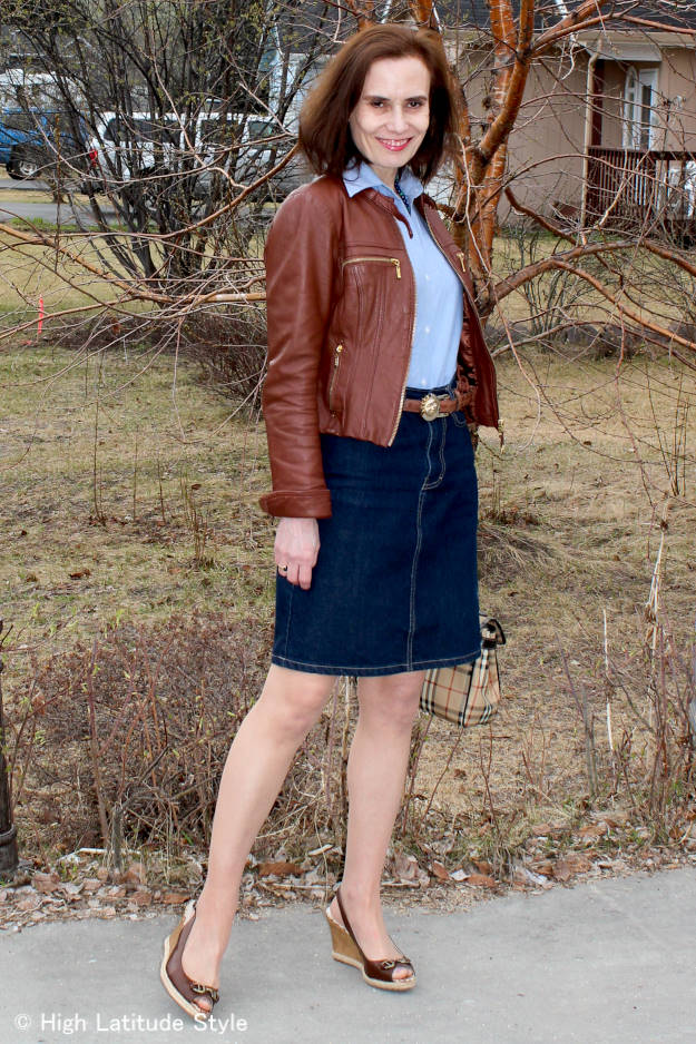 #styleover40 details of a fashionable casual work outfit with leather jacket