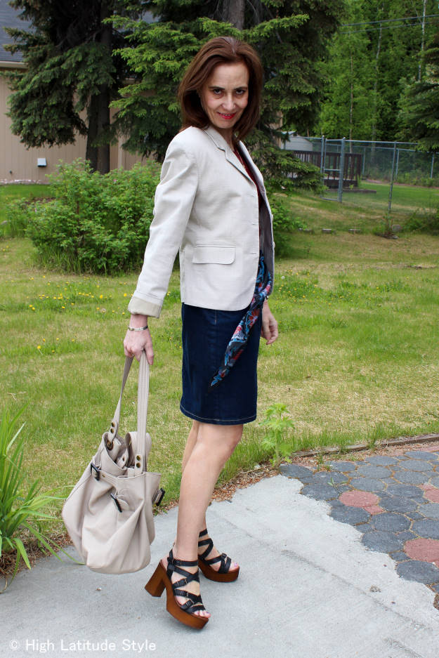 #midlifestyle Casual Friday outfit with posh casual wood sandals