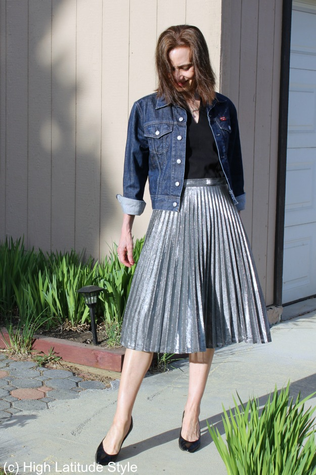 fashionover40 mature woman in silver pleated skirt