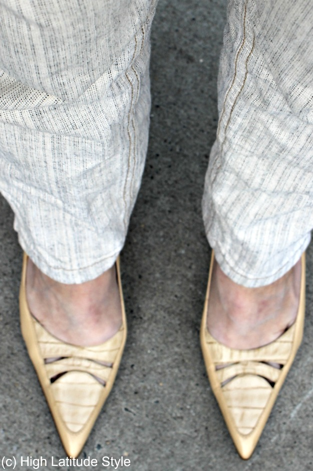 #maturestyle cutout pumps with striped linen pants
