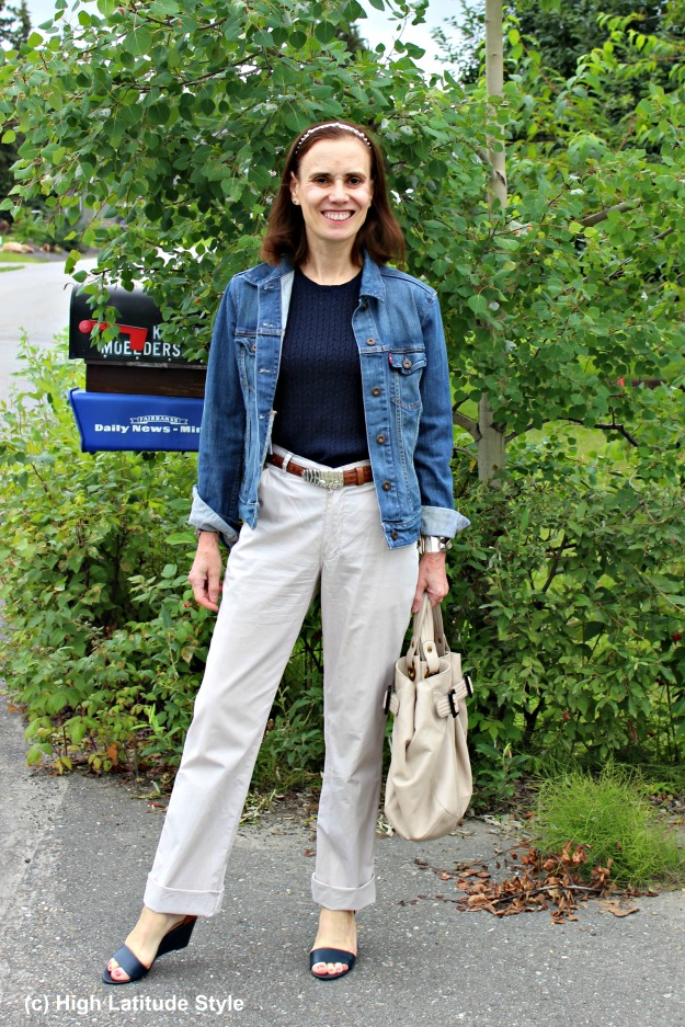 #fashionover40 mature woman in chinos