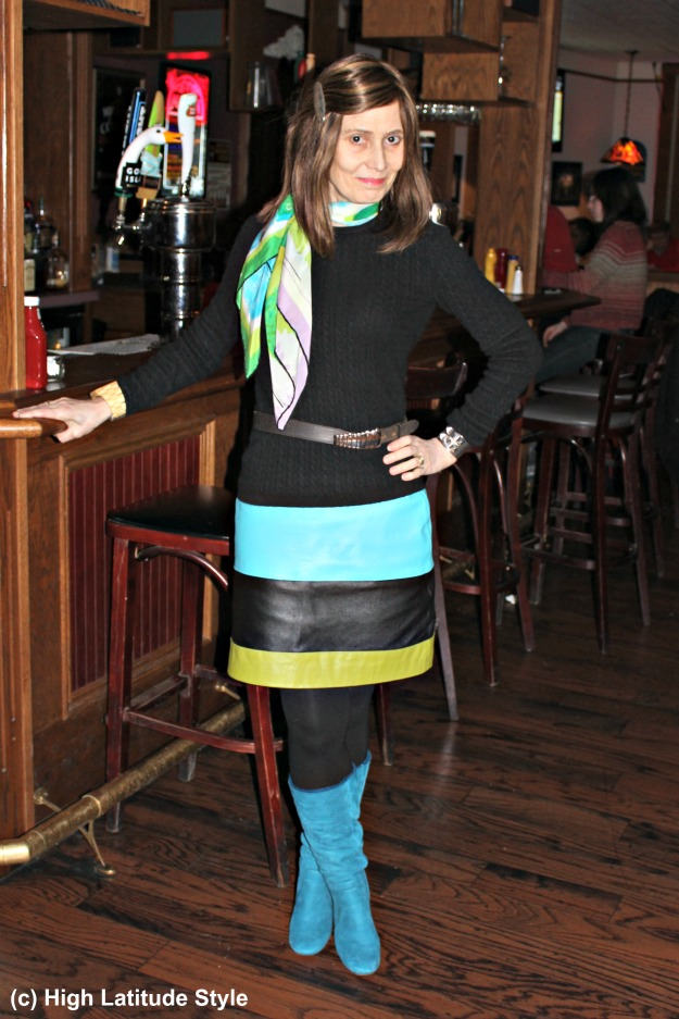 fashion blogger over 50 in work outfit with Pantome color greenery