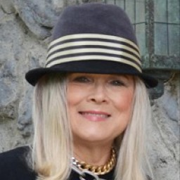 #fashionblogger Terri Gardner at Meadow Tree