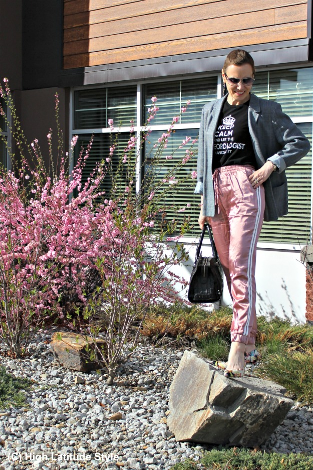 #fashionover50 mature woman in joggers and blazer
