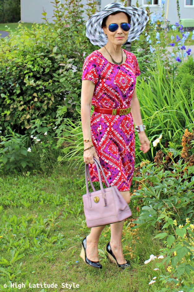 advanced style woman with mixed pattern