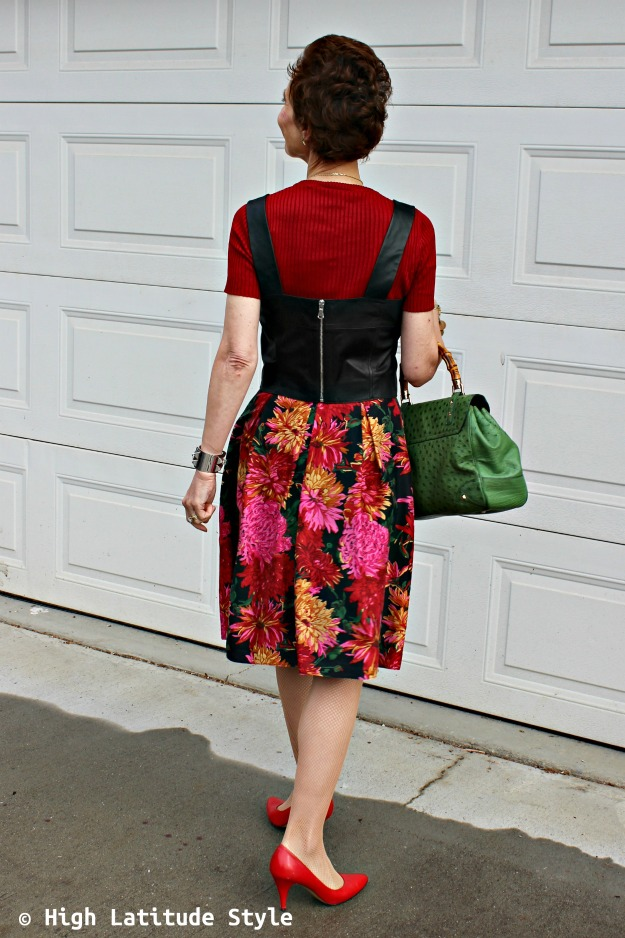 #styleover40 woman in summer to fall transition work outfit