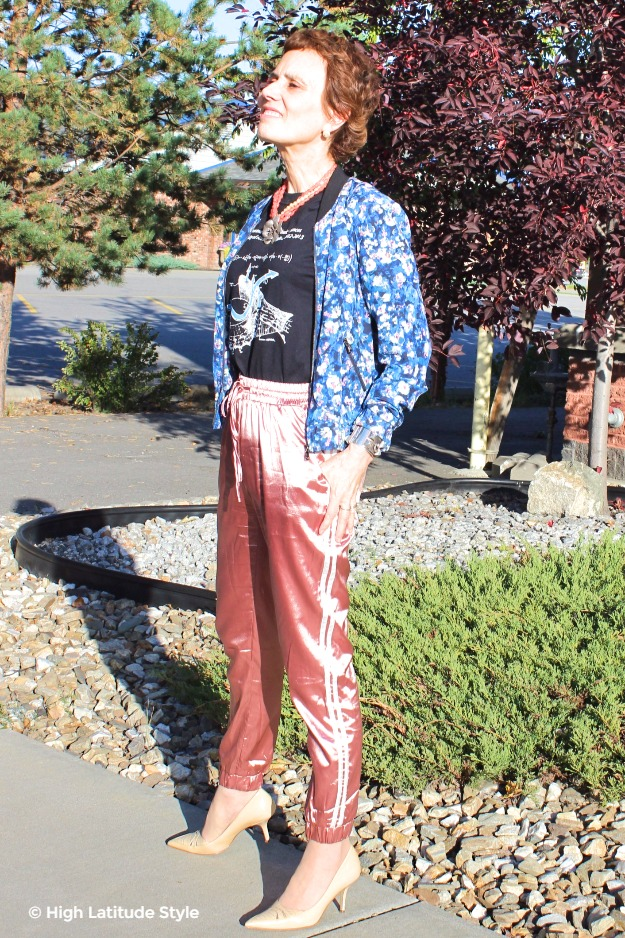 woman wearing street style inspired look over 40