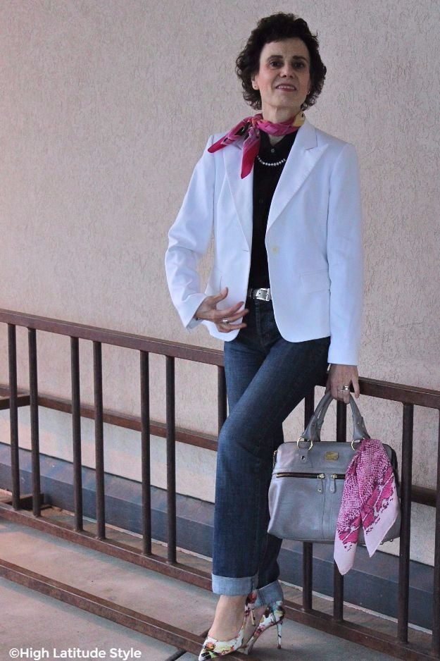 fashion blogger wearing business casual with a Lilysilk blouse, boyfriend jeans and a white blazer