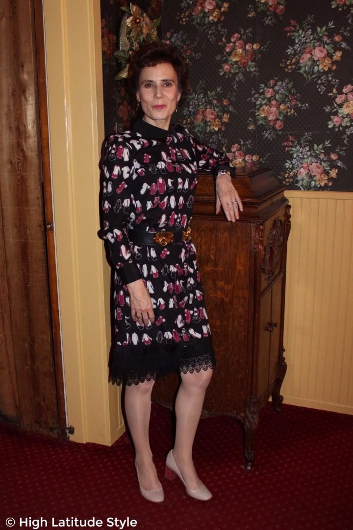 #fashionover40posh chic midlife woman in printed dress