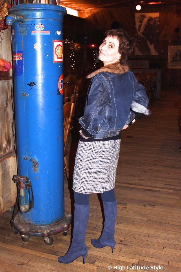 #midlifestyle 50+ woman in chic hounds tooth skirt with jean jacket