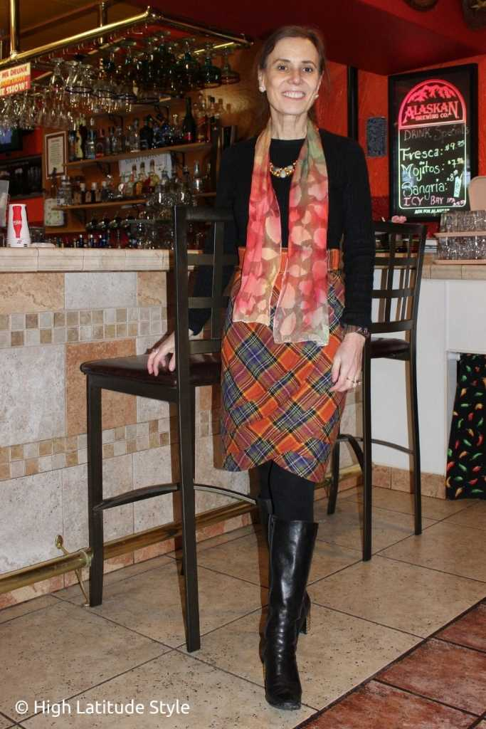 Thanksgiving colors inspired ootd of skirt, sweater, boots, scarf