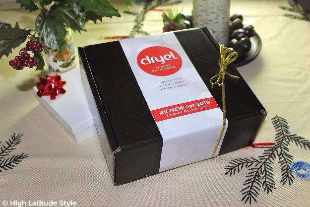 #iDryel #DryelAtHomeDryCleaning a Dryel starter kit makes a great Christmas gift