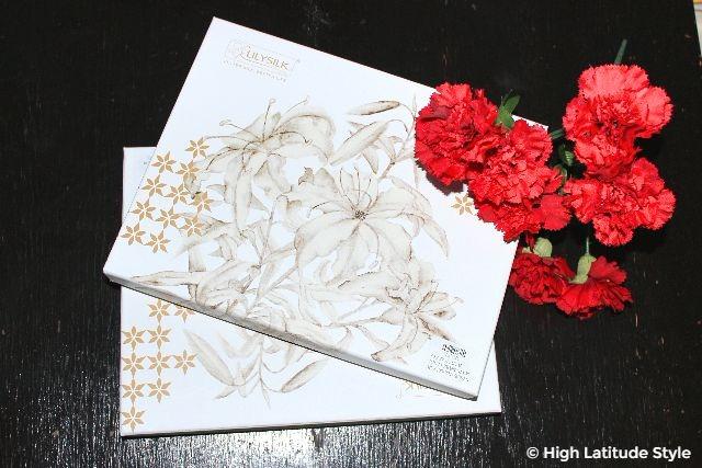 #LilySilk gift box packaging