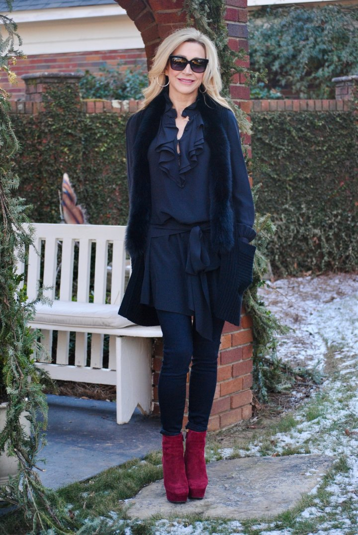 #OOTDReadersFav Suzanne Crazy Blonde Style became the linkups readers' fav
