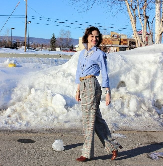 #midlifefashion Lady in wool pants and chambray shirt at vernal equinox