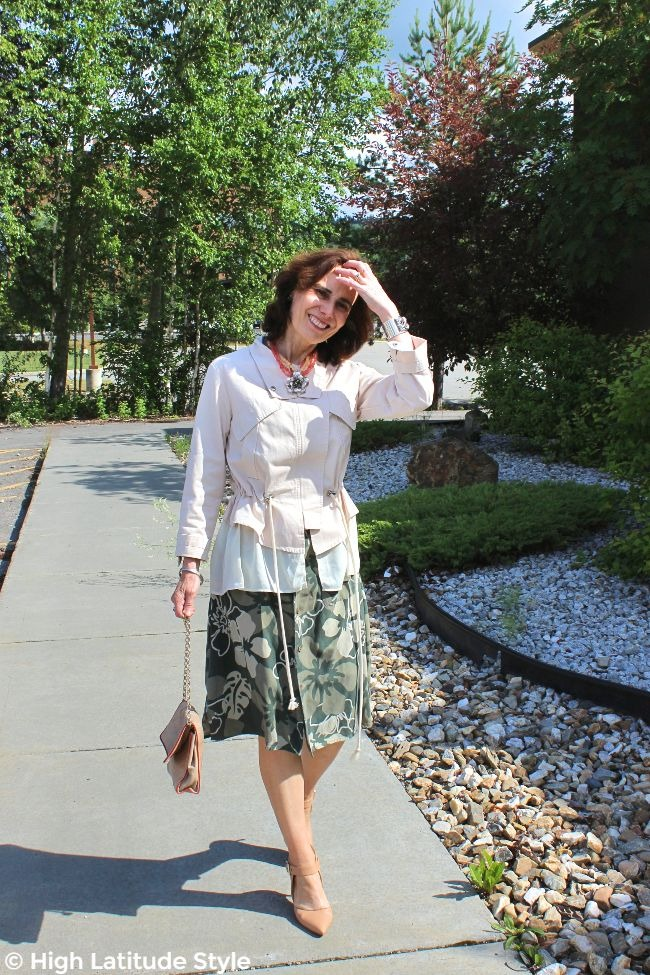 #fashionover40 woman in Casual Friday summer office look