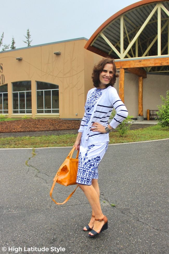 #advancedstyle older woman in blue and white sheath and cardigan Indian summer look