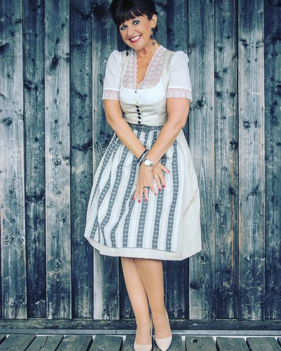#linkup Top of the World Style winner Martina Berg of Lady 50 Plus in a super chic and sexy dirndl