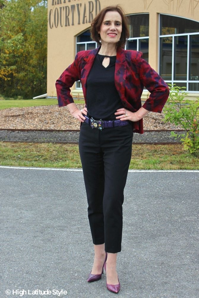 #fashionover50 Nicole of High Latitude Style turning fashion into style with trendy trousers, T-shirt, heels and jacket