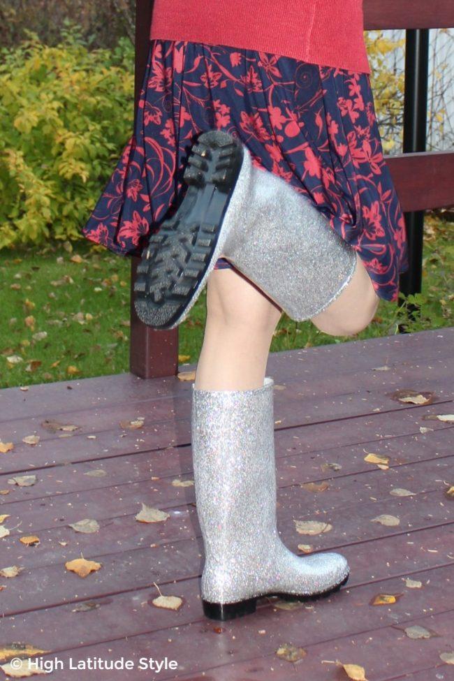 DKSUKO glittery silver rain boots for review
