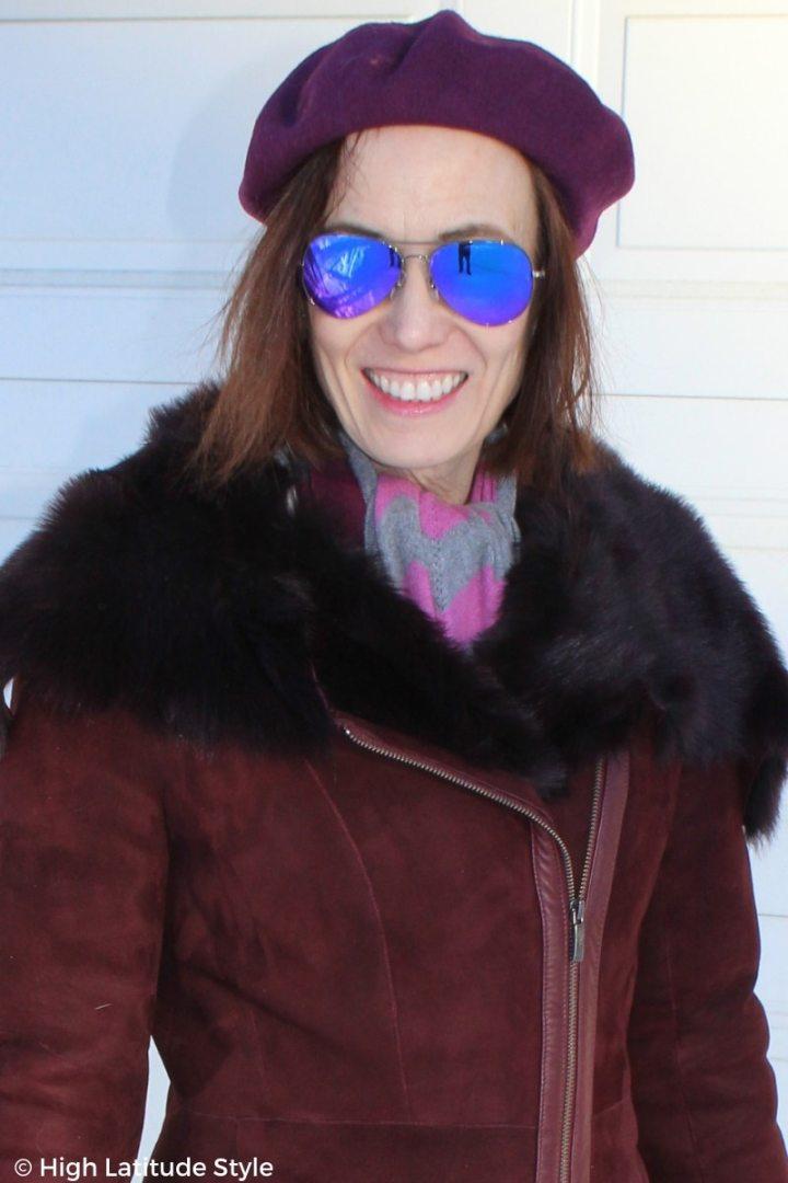 portrait of blogger with purple mirrored Ray Ban aviator sunglasses