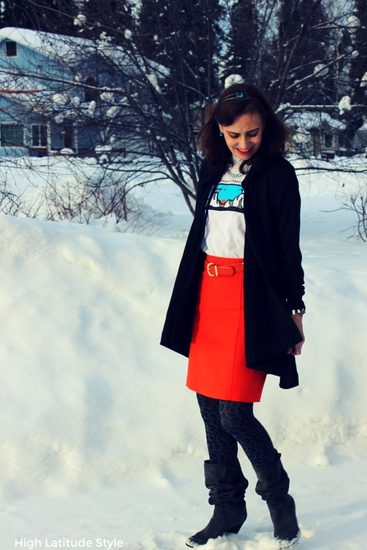 #maturestyle fashionblogger featuring #TriciaTanaka's hooded cape cardigan with aTee, skirt, leo tights and suede boots