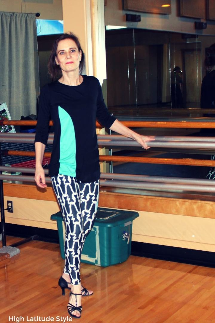 over 50 years old fashion blogger wearing modal clothes in a workout outfit
