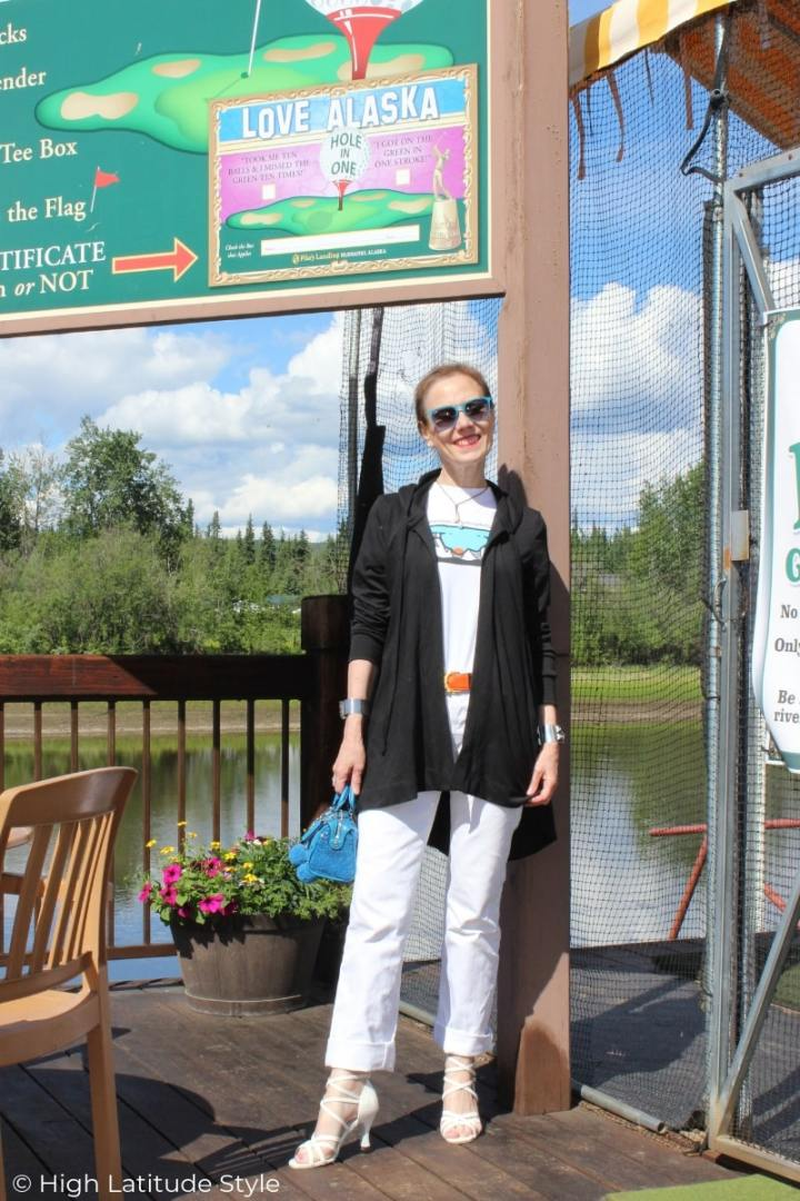 Alaskan blogger in warm season casual posh outfit in black and white