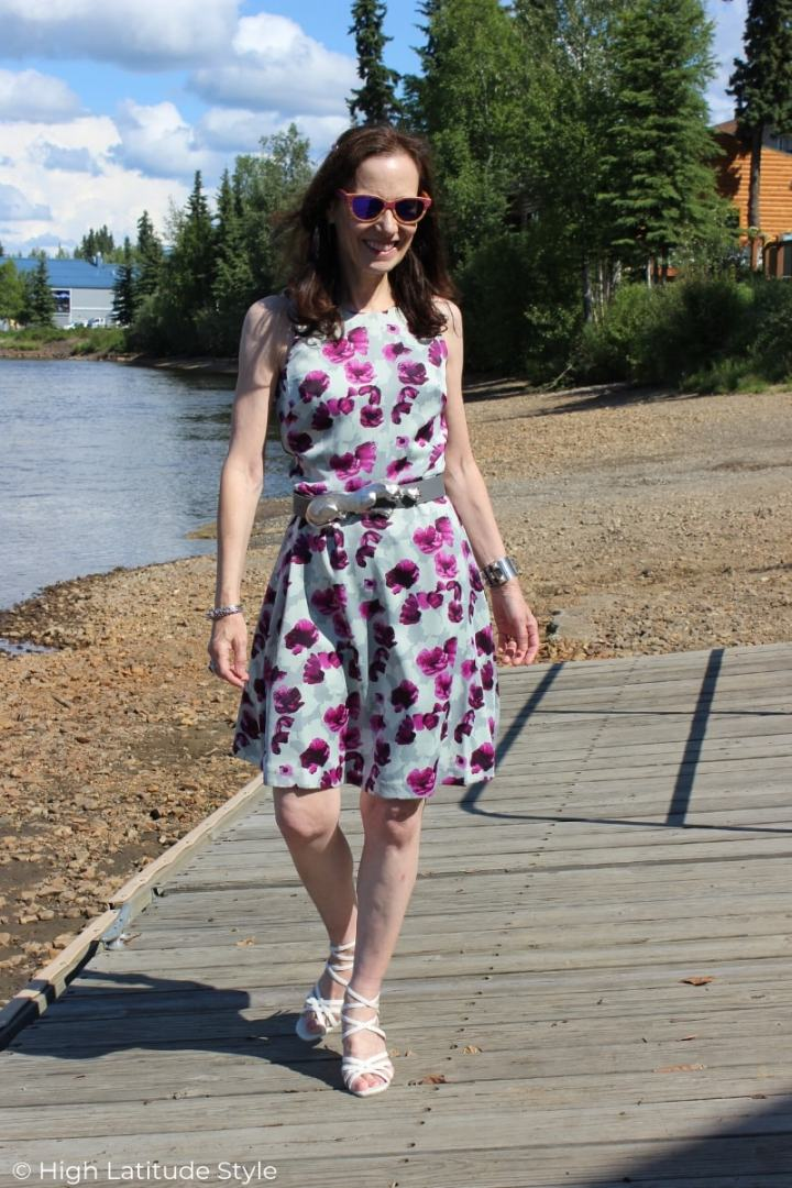 midlife blogger strolling along the river in high low brand lotd