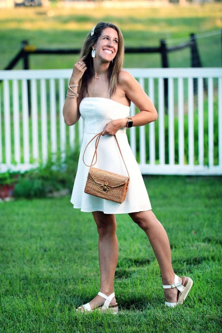 Top of the World OOTD Readers' Fav Carrie of Curly Crafty Mom in a little white dress