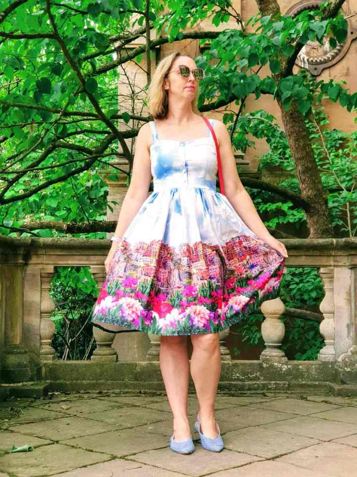 Top of the World OOTD My Fav Claire of Fashion on a Shoestring in a city print summer dress