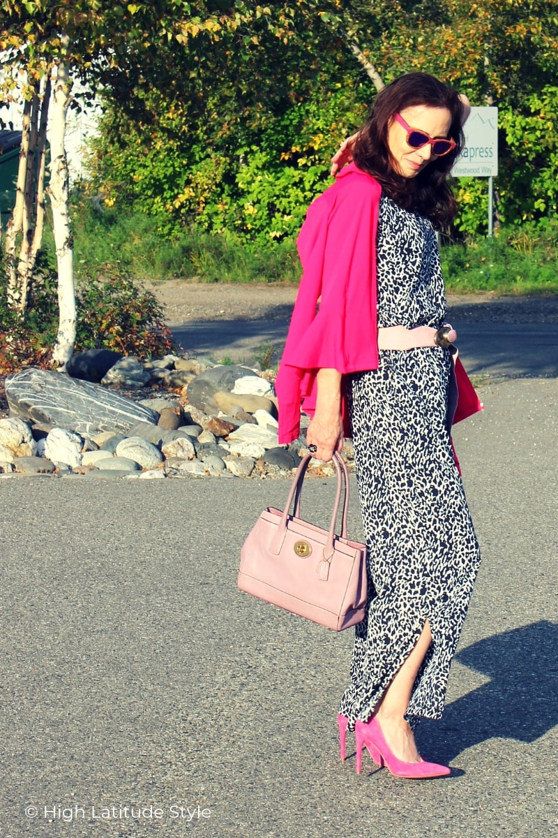 style blogger in animal print jumpsuit look and UPF50+ tailored jacket
