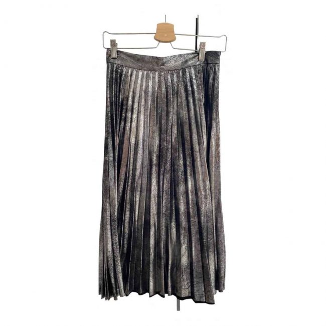modern metallic pleated skirt