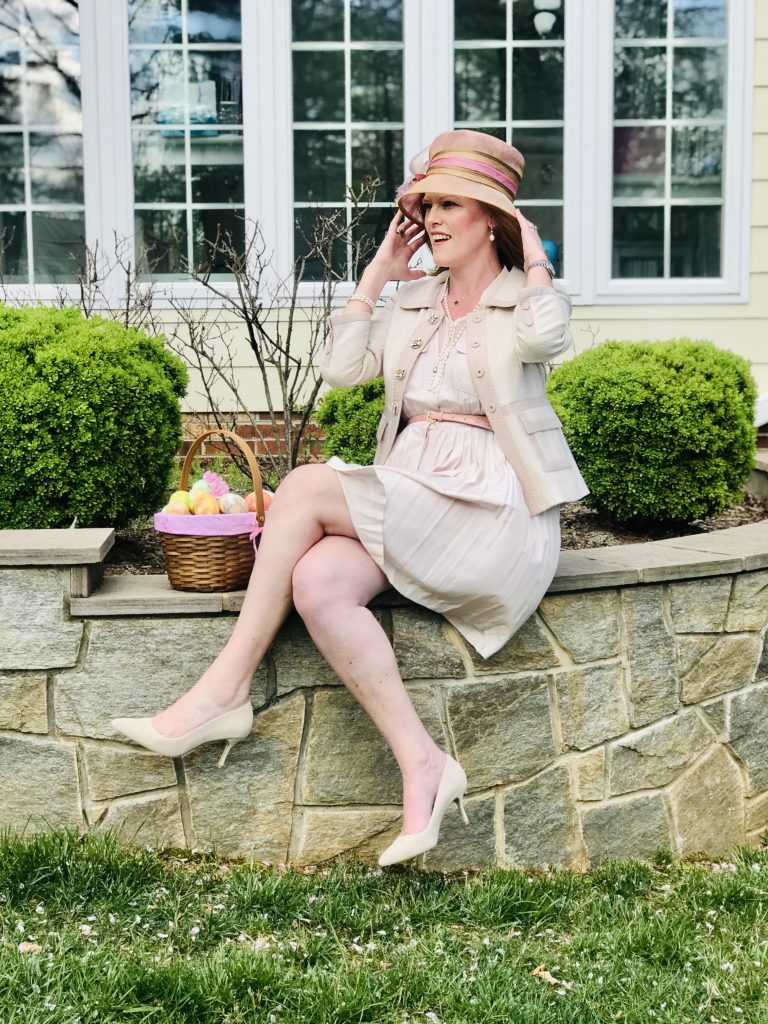 Christine of Bon Chic Style in hat and blush skirt suit with shirt, belt and pumps french style outfit